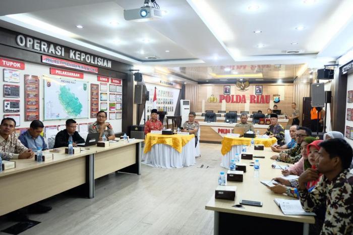 Diskusi Prediksi Karhutla, Kapolda Riau : Diskusi ini Adalah Kolaborasi Pertama Kita