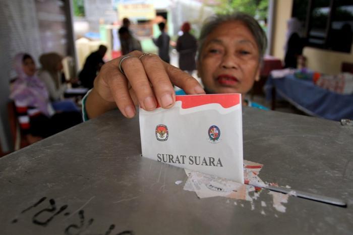 Masyarakat di Riau Inhu Heboh, Ada Kades Terpilh Diduga Gunakan Ijazah Palsu